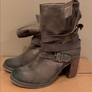 Jeffrey Campbell Leather Heeled Boot - Size 8.5